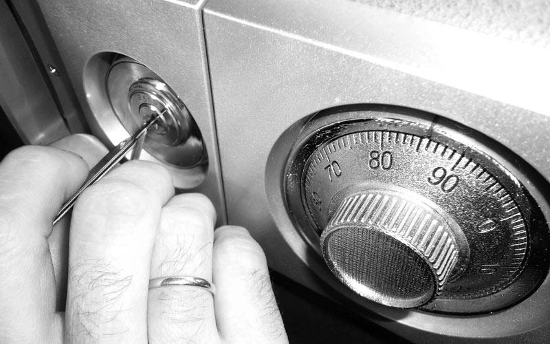 Как открыть сейф в сталкере зов припяти sigerous mod 22 - 016
